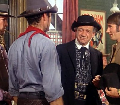 Carry On Cowboy online