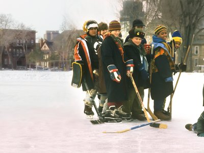 watch The Mighty Ducks streaming
