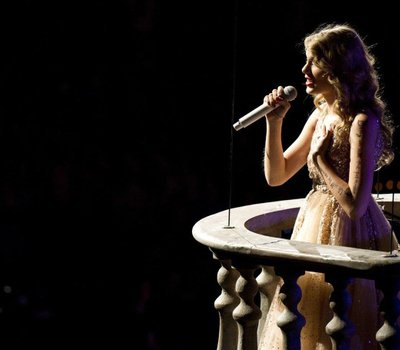 Taylor Swift: Speak Now World Tour Live online