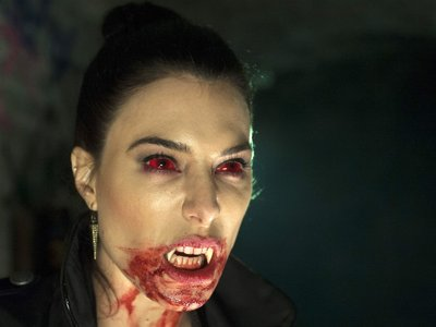 watch Fright Night 2: New Blood streaming