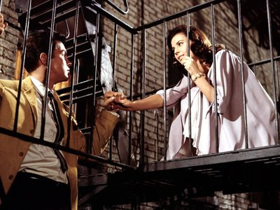 watch West Side Story streaming
