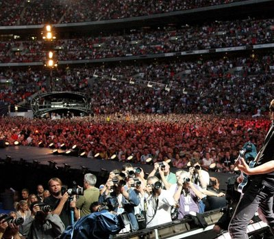 Foo Fighters: Live at Wembley Stadium online