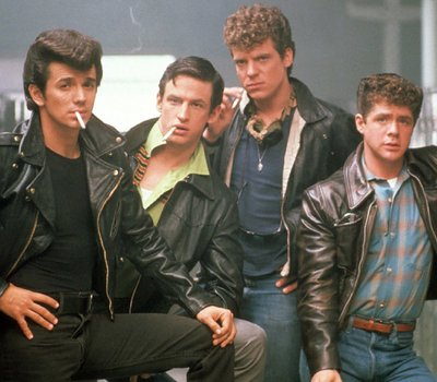 Grease 2 online