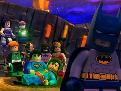 watch LEGO DC Comics Super Heroes: Justice League vs. Bizarro League streaming