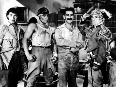 watch Duck Soup streaming