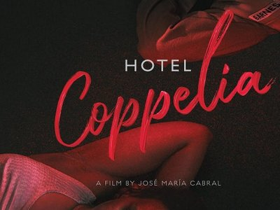 watch Hotel Coppelia streaming