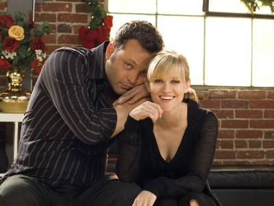 watch Four Christmases streaming
