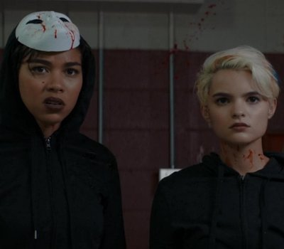 Tragedy Girls online