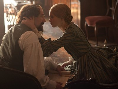 watch The Invisible Woman streaming
