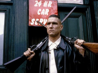 watch Lock, Stock and Two Smoking Barrels streaming
