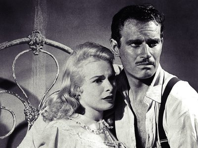 watch Touch of Evil streaming