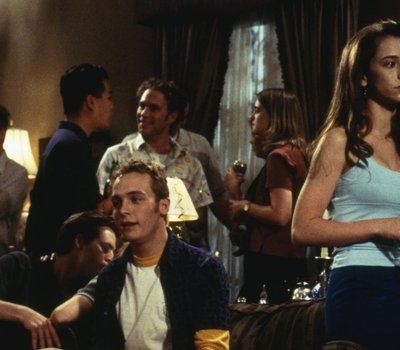 Can't Hardly Wait online