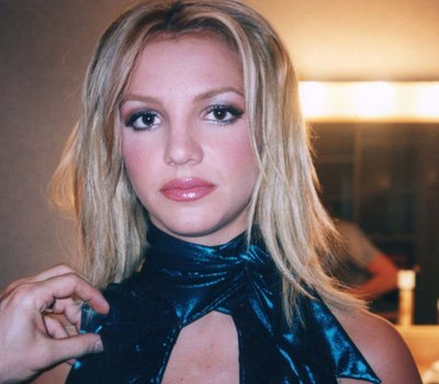 Framing Britney Spears online